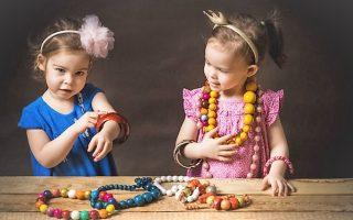 Детская бижутерия или мамины серьги